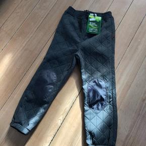 By Lindgren termo bukser .
