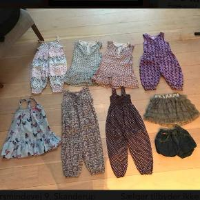 3 kjoler, 4 buksedragter, 1 nederdel og 1 par shorts