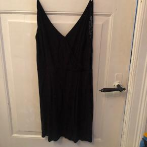 Ginni s samsøe samsøe kjole  Som ny brugt 2 gange