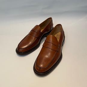 Oscar Jacobsen loafers i brun læder. Stor i størrelsen, passer ca. str. 42.