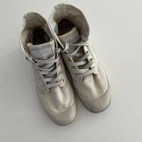 Palladium støvler