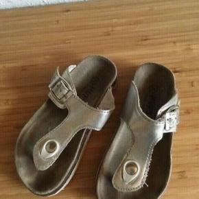Hupsakee sandaler -fast pris -køb 4 annoncer og den billigste er gratis - kan afhentes på Mimersgade 111 - sender gerne hvis du betaler Porto - mødes ikke andre steder - bytter ikke