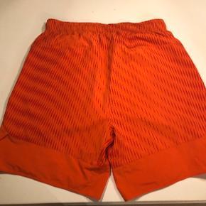 Super fede tennis shorts, aldrig brugt.  Bytter ikke og fast pris