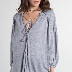 Rigtig lækker bluse i lækker kvalitet. En bred model.   Bytter ikke.