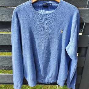 Ny strik bluse. Aldrig brugt. Købt for lille. Nypris ca 900 kr