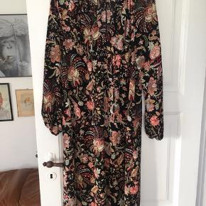 Oversize kjole- brugt den med bælte :) str. 40