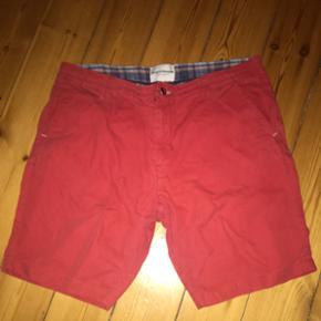 shorts fra Bruun & stengade str: 34  Køber betaler fragt hvis man ikke selv henter