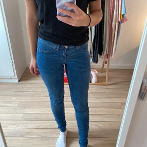 Molly jeans i cowboy (lav taljede)