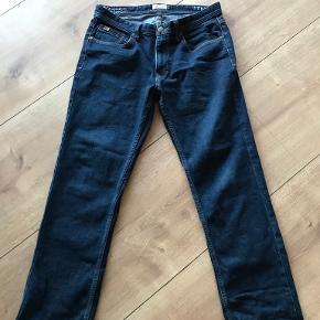 Bison jeans