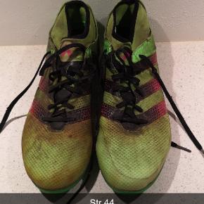 Adidas fodboldstøvler - brugt en sæson
