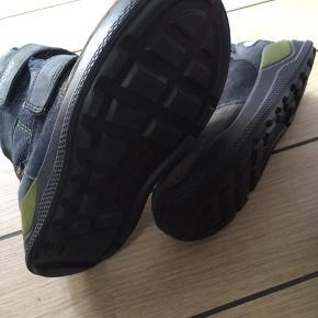 Lækker reima sko str. 25