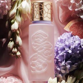 """Ny Houbigant """"Quelques Fleurs Royale"""" Eau de Parfum. Købspris 1020kr Helt ny æske stadig med cellofan og plomberet. FANTASTISK duft ❤️"""