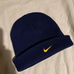 Nike hue & hat