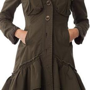 Varetype: # 177 Lotta Lotta long jacket Størrelse: 2, svarer til en str. medium Farve: Military Oprindelig købspris: 3200 kr.  MODEL 177 Lotta Lotta long jacket. Det er den smukkeste jakke med mønstret silkefoer Odd Molly nogensinde har lavet efter min mening.  Jeg har flere eksemplarer af den i forskellige farver, hvorfor denne skal videre. Størrelse 2 i Odd Molly svarer til en størrelse 38.   Nej tak til at bytte!