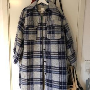H&M frakke  Aldrig brugt, stadig med prismærke