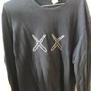 Kaws sweater