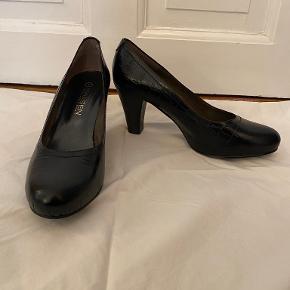 Isaksen Design heels