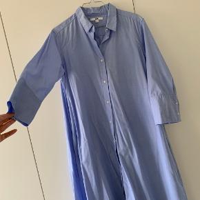 Super fin skjortekjole med a-snit og lommer.