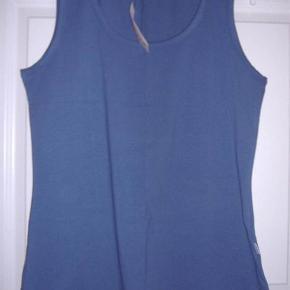 Simply top klassisk - farve petroleumsblå Str. M (46-48)  Byd :-)