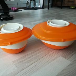 Pro Baking bageskåle/ røreskåle 1,5L og 3 L m låg der kan bruges som skridsikker underlag når der røres i skålen