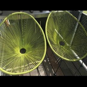 2 limegrønne string havestole sælges samlet for 150.-   Stolene er i pæn stand og tåler godt at stå ude i alt slags vejr ☀️🌧❄️  De kan ses/afhentes i Allegården, Kastrup🏡
