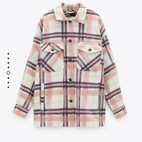 Sælger denne skønne jakke som kun er brugt få gange  Fås stadig i butikkerne