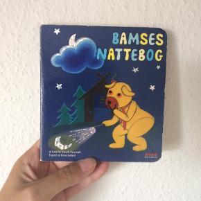 Bamses nattebog Næsten som ny Køber betaler Porto!  >ER ÅBEN FOR BUD<  •Se også mine andre annoncer•  BYTTER IKKE!