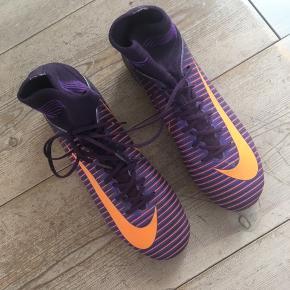 Fodboldstøvler Str. 37,5  Brugt få gange