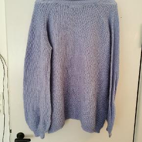 Sød sweater i akryl, nylon og mohair