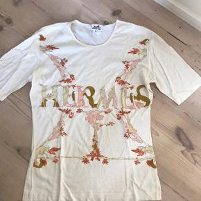 Hermes t shirt 1000% ægte!! Nypris var 3500