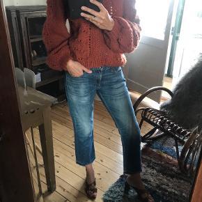 Vintage love sweater