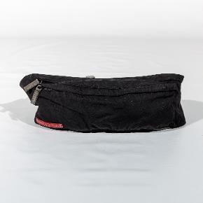 Prada bæltetaske
