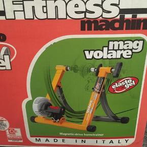 Hometrainer til din cykel! Super smart! Så kan man altid træne i tørvejr!! 👍😍