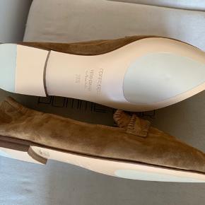 Skøn ballerina i ruskind - håndlavet  Aldrig brugt, købt halv nummer for lille 😢