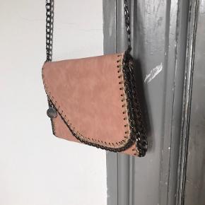 Fin Rosa/fersken farvet Stella McCartney taske i ruskind