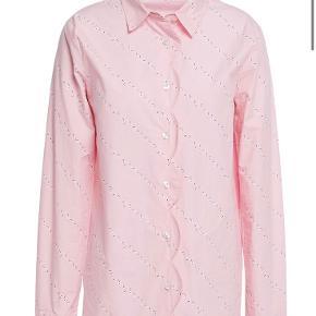 Super fin skjorte - kun brugt et par gange.