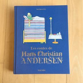 Les Contes de H C Andersen.Fransk udgave af H C Andersens eventyr sælges. 320 sider med flotte billeder og illustrationer. Hardback. Som ny. Fra ikke-ryger-hjem. Kan sendes, hvis køber betaler fragten.