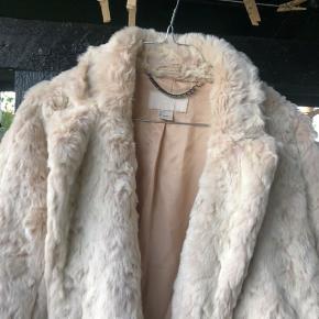 Str 36/s Fake fur