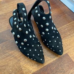 'Ruskind' look sko med sølv nitter
