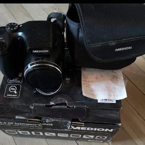 Rigtig fint kamera, brugt ganske få gange 📸  Np 999 kr