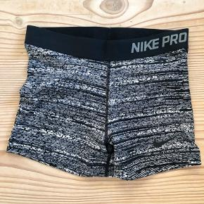 New pair of Nike shorts. Never been used.