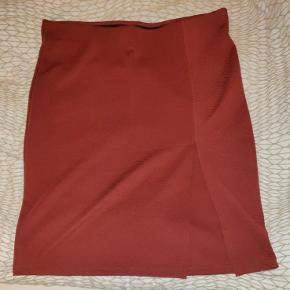 maroon skirt with slits