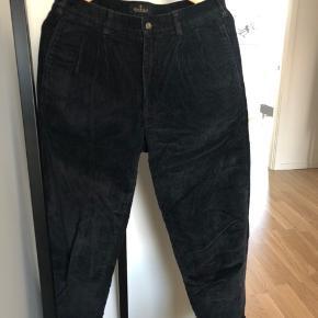Sorte fløjlsbukser fra Bill Blass i størrelse 32/30  #30dayssellout