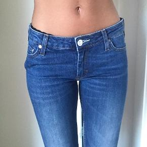ACNE jeans  Str 26/32 I fin stand  Mp 150kr