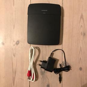 Linksys E1200 - 802.11n Rigtig god og hurtig router med 300 Mbps dataoverførsel med 2,4 Gzh.  Fylder ikke meget, så den kan nemt gemmes væk.  Firewallbeskyttelse, MAC-adresse-filtrering osv.