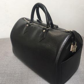 Black Epi leather Louis Vuitton Speedy - 35cm - very good condition
