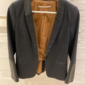 Part Two blazer