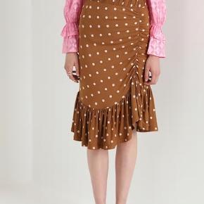Cool nederdel fraBaum und Pferdgarten I str. XL Aldrig brugt - stadig med prismærke i. Kom med et bud. Bytter ikke.