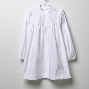 Helt ny hvid Ganni Poplin Dress i str 36. Nypris 1400.
