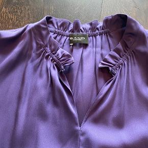 SAND bluse